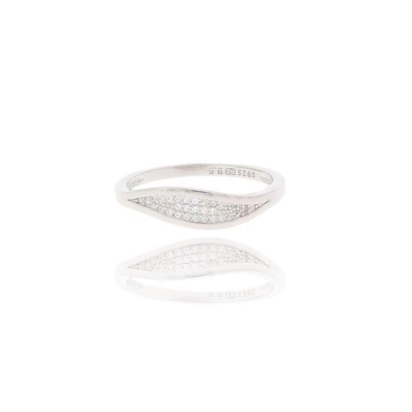 Pierścionek srebrny - pasek cyrkonii