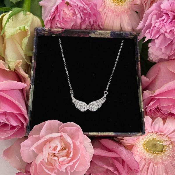 Naszyjnik srebrny - rozpostarte skrzydła
